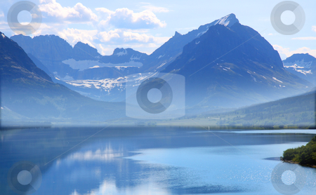 Saint Mary lake stock photo, Saint Mary lake in Glacier natiional park shoot in the morning time by Sreedhar Yedlapati